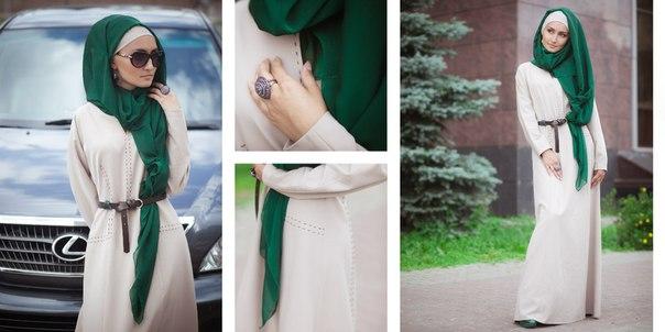 модная мусульманка с красивым хиджабом от Bella Kareema