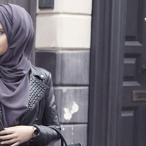 стильная авка мусульманки на улице