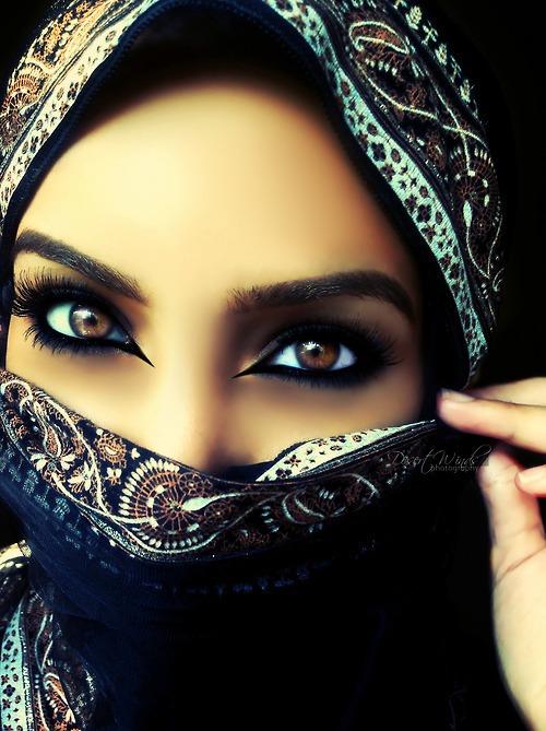 мусульманки с красивыми глазами