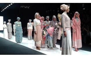 6-й день Недели моды в Джакарте (JFW) 2012